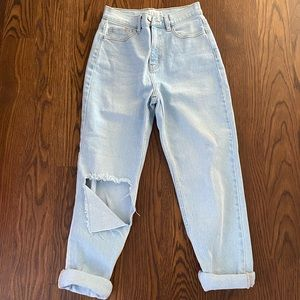 Cello high rise mom jeans size 3